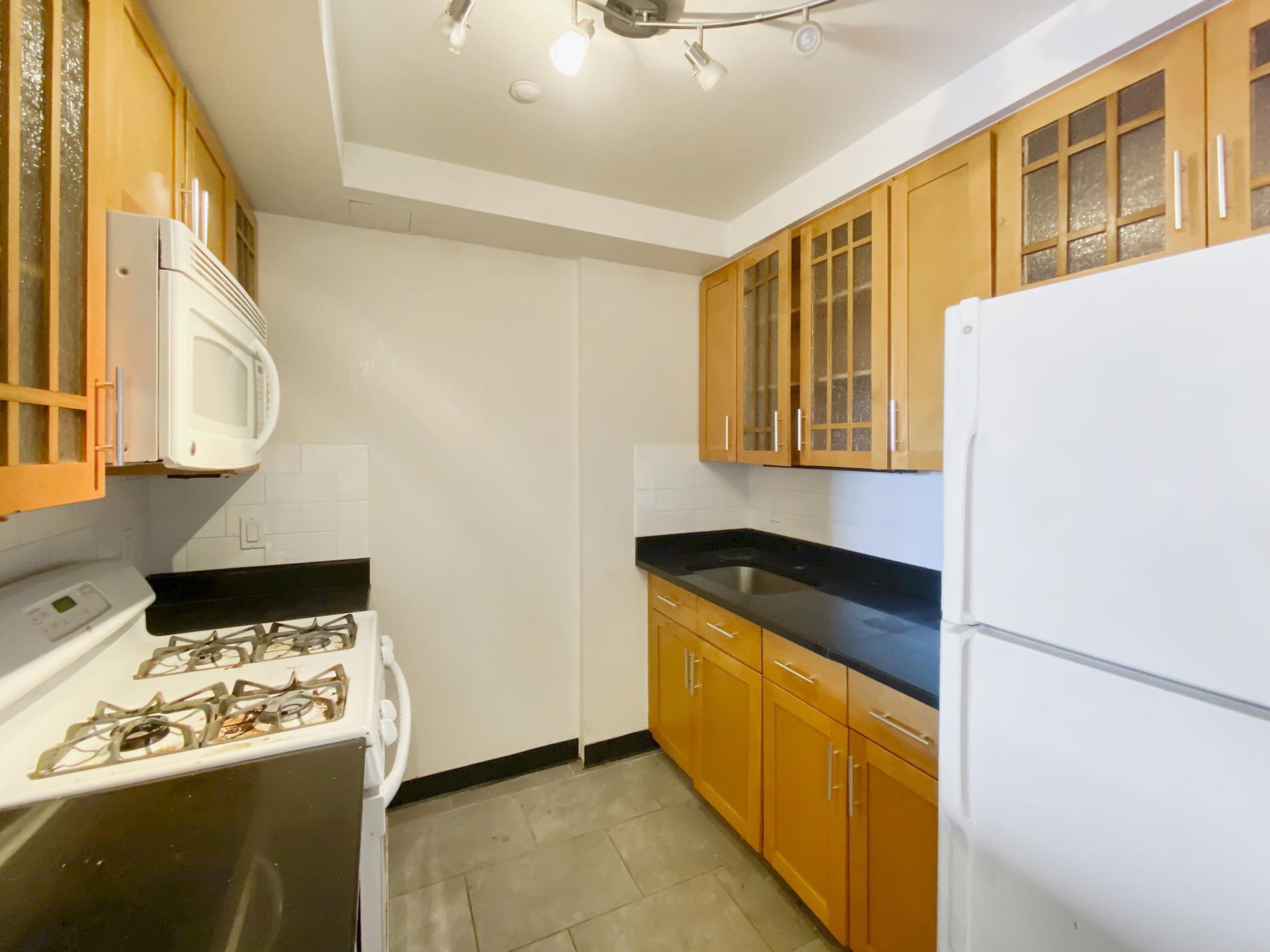 1405 Fifth Avenue East Harlem New York NY 10029