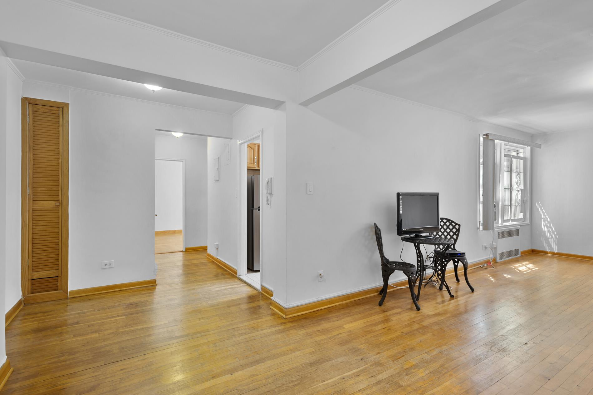 79-10 34th Avenue 5-M Jackson Heights Queens NY 11372