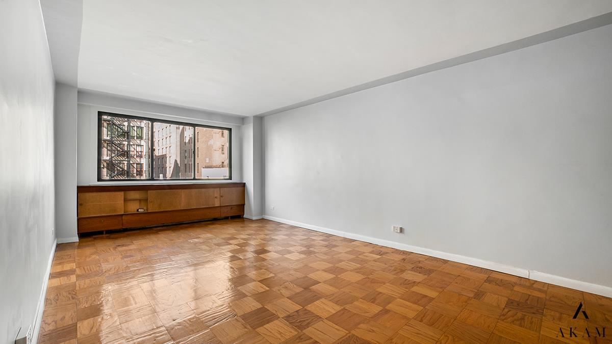16 West 16th Street Flatiron District New York NY 10011