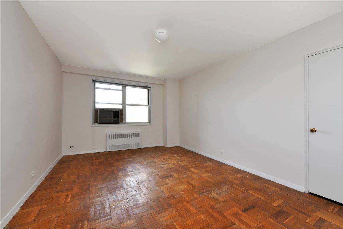 3530 Henry Hudson Parkway East Riverdale Bronx NY 10463