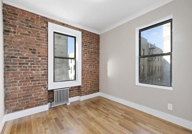 21-05 33rd Street Steinway-Ditmars Queens NY 11105