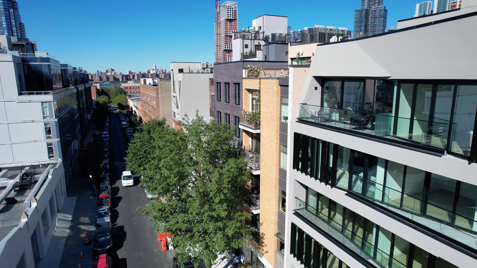 153 Green Street Greenpoint Brooklyn NY 11222