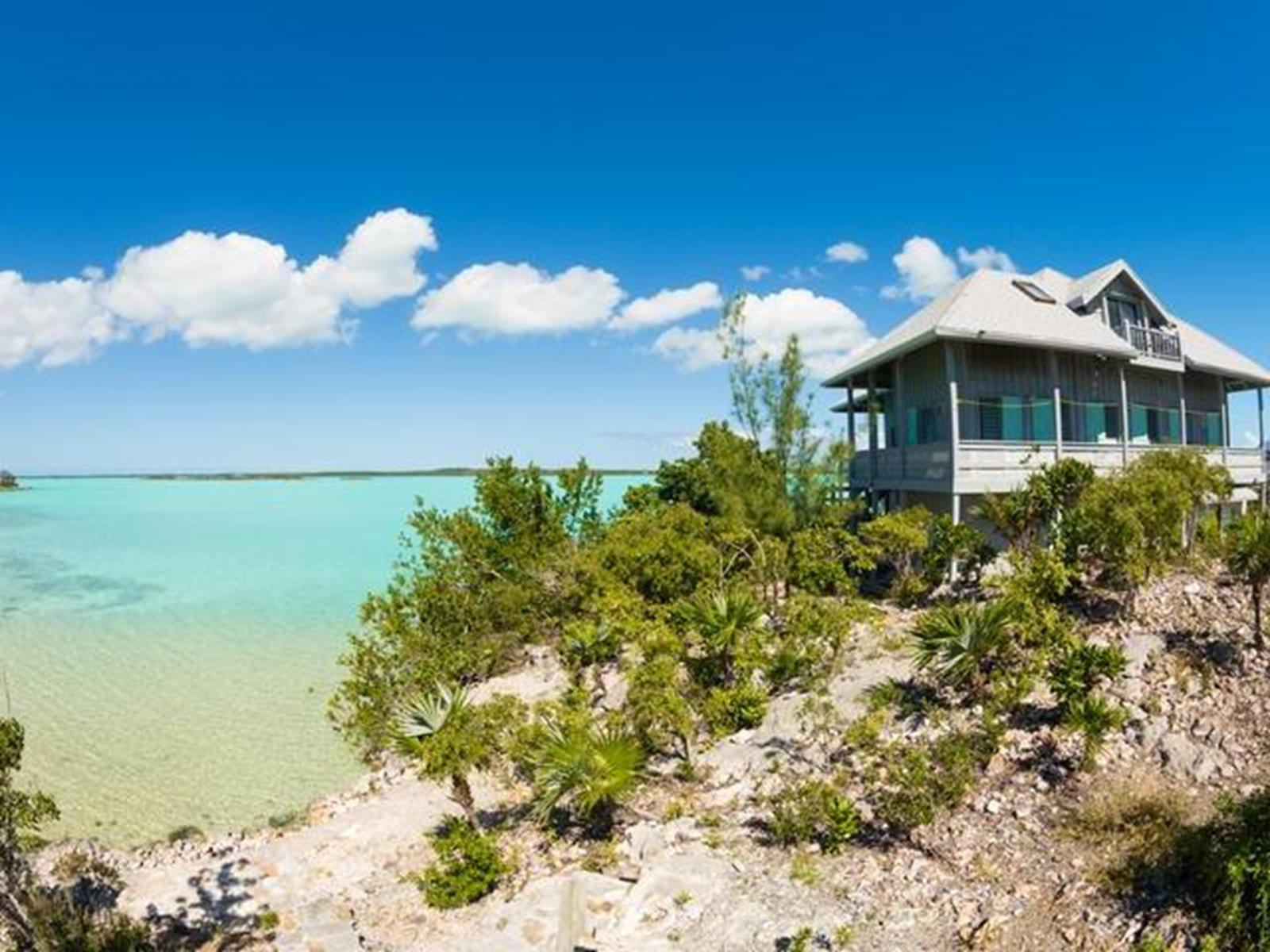 467 Chalk Sound Drive Out of NYC Sapodilla Bay Providenciales TKCA 1ZZ