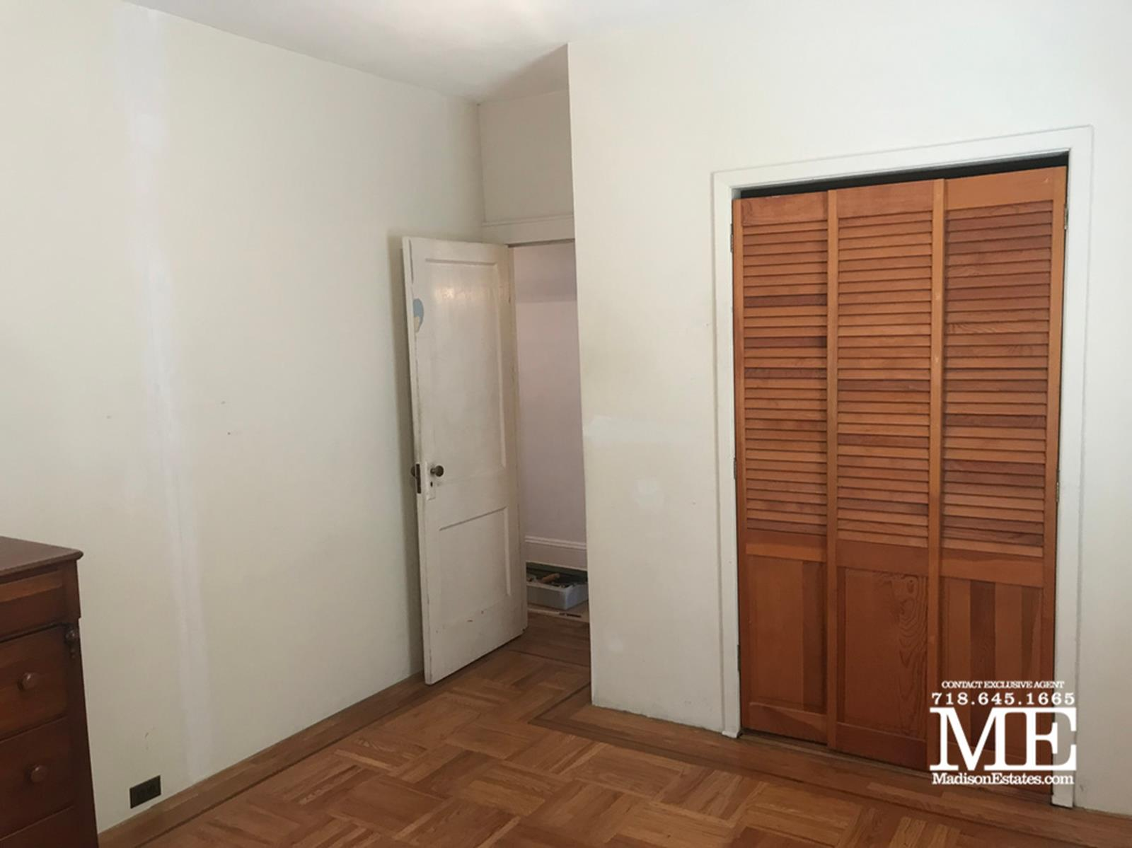 25 Manhattan Court Gravesend Brooklyn NY 11223