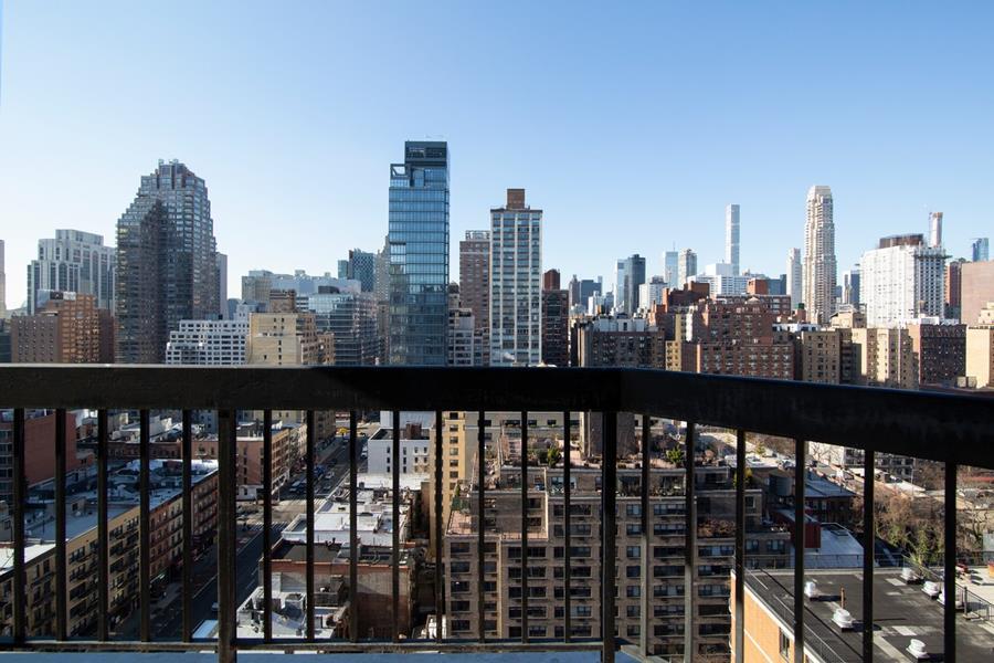 330 East 75th Street Upper East Side New York NY 10021