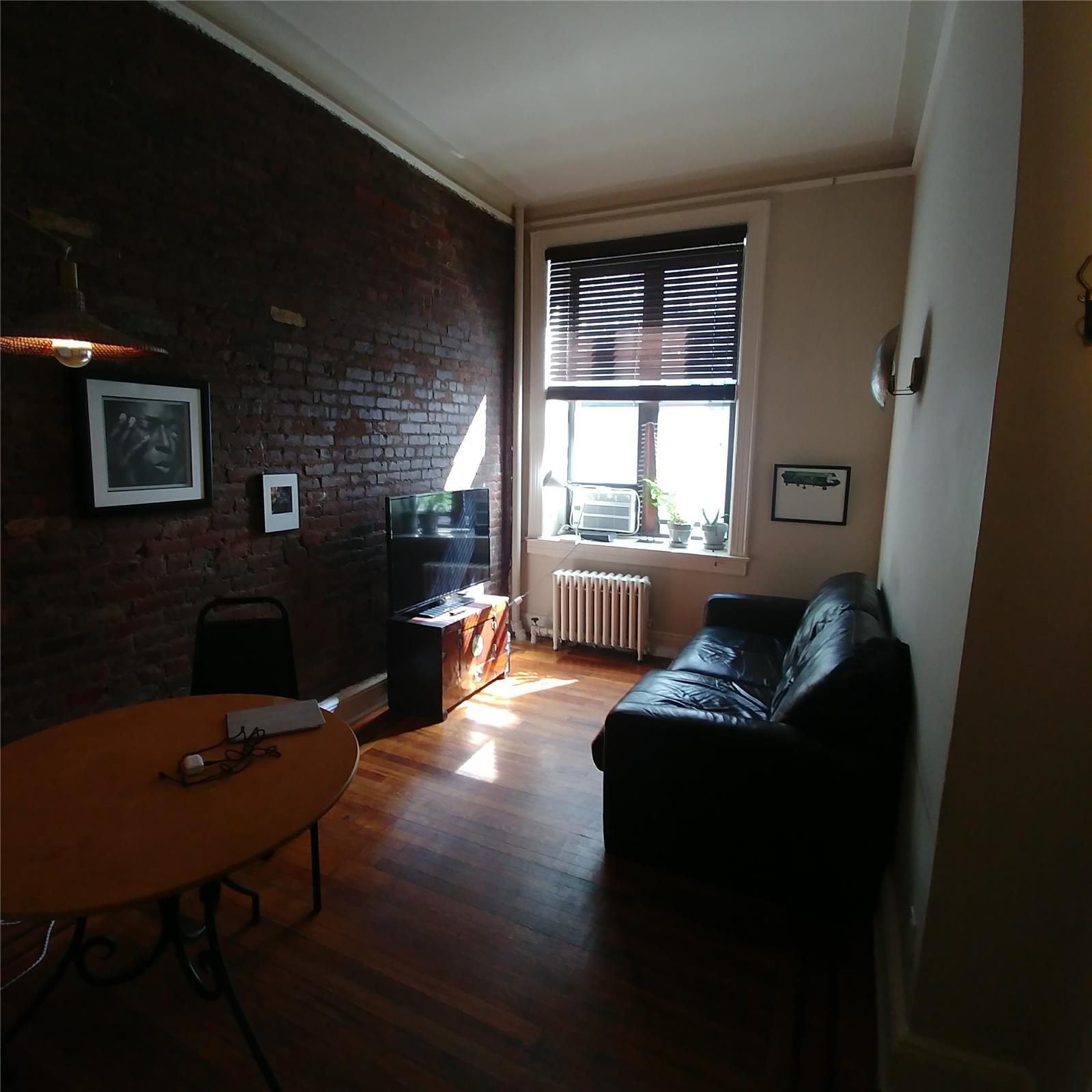 97 Perry Street W. Greenwich Village New York NY 10014