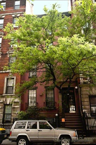 222 East 11th Street E. Greenwich Village New York NY 10003