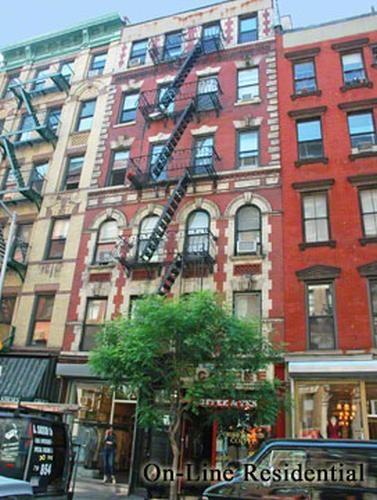 105 Thompson Street Soho New York NY 10012