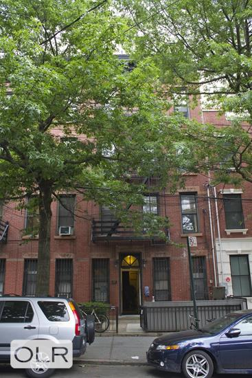 537 Clinton Street Carroll Gardens Brooklyn NY 11231