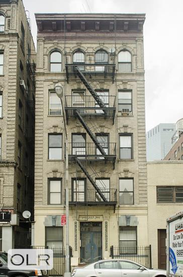 357 West 54th Street Clinton New York NY 10019
