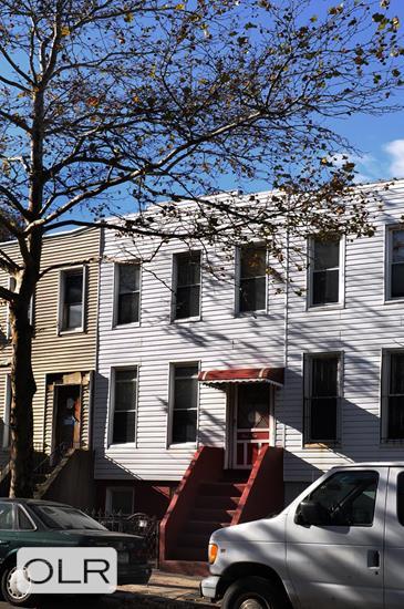 110 Hall Street Clinton Hill Brooklyn NY 11205