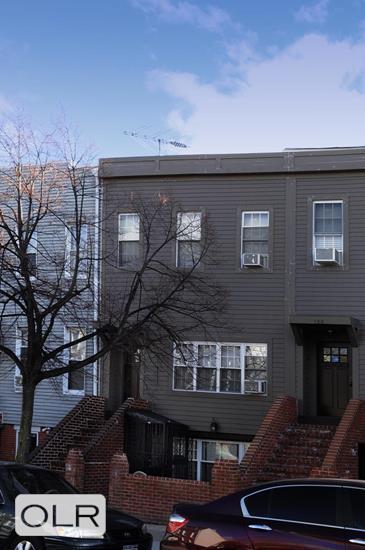127 Hall Street Clinton Hill Brooklyn NY 11205