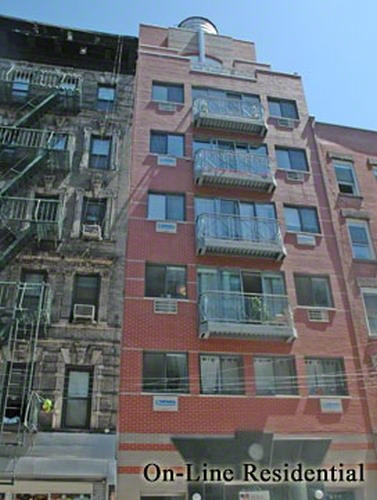 182 Mulberry Street Little Italy New York NY 10012