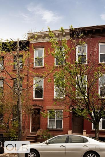 137 Washington Avenue Clinton Hill Brooklyn NY 11205