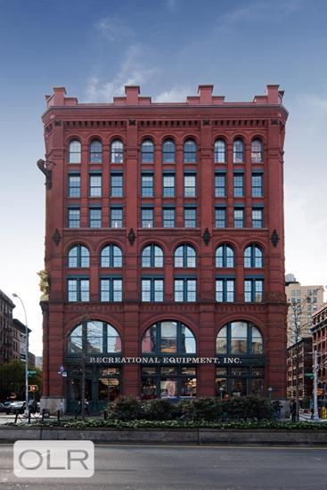 293 Lafayette Street Soho New York NY 10012