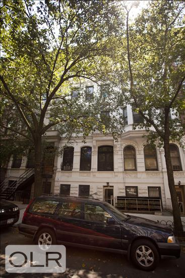 64 West 69th Street Lincoln Square New York NY 10023