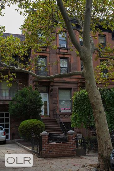 16 1st Place Carroll Gardens Brooklyn NY 11231