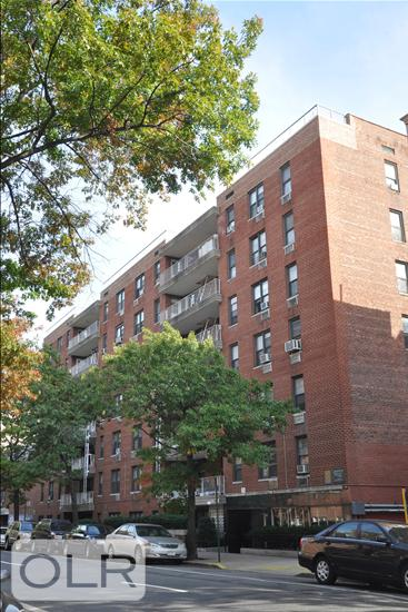 132-40 Sanford Avenue Flushing Queens NY 11355