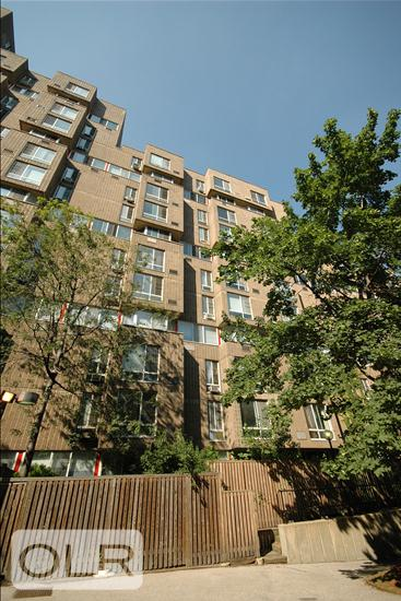 580 Main Street Roosevelt Island New York NY 10044