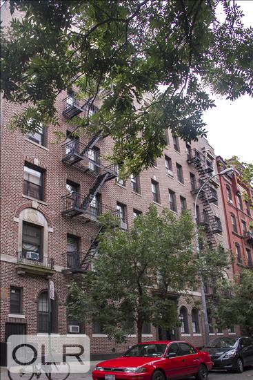 130 West 16th Street Chelsea New York NY 10011