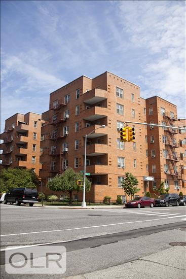 9425 Shore Road Fort Hamilton Brooklyn NY 11209