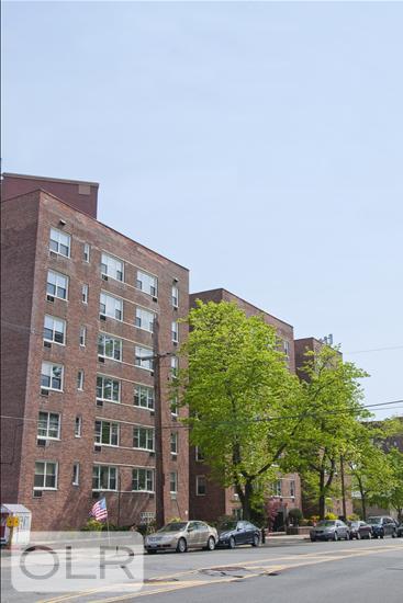 6300 Riverdale Avenue 4C North Riverdale Bronx NY 10471