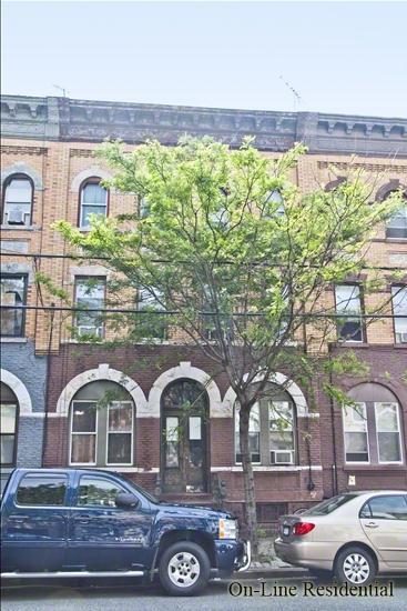243 Kingsland Avenue Greenpoint Brooklyn NY 11222