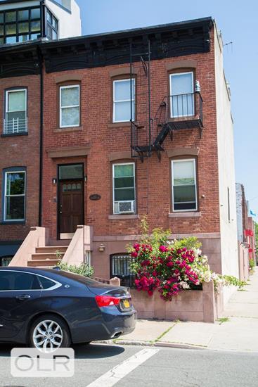 477 Sackett Street Carroll Gardens Brooklyn NY 11231