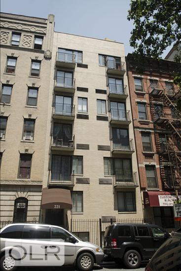 221 East 82nd Street Upper East Side New York NY 10028