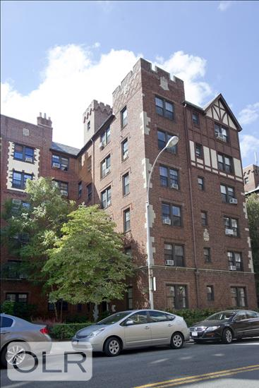 68-12 Burns Street Forest Hills Queens NY 11375