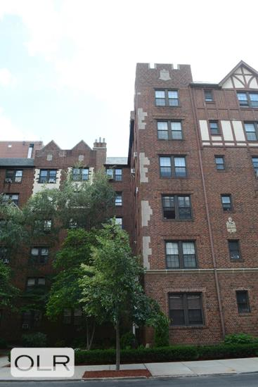 68-44 Burns Street Forest Hills Queens NY 11375