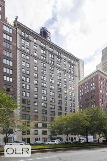 1085 Park Avenue Carnegie Hill New York NY 10128