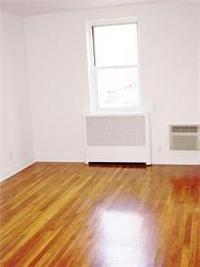 #1083796   E. Greenwich Village