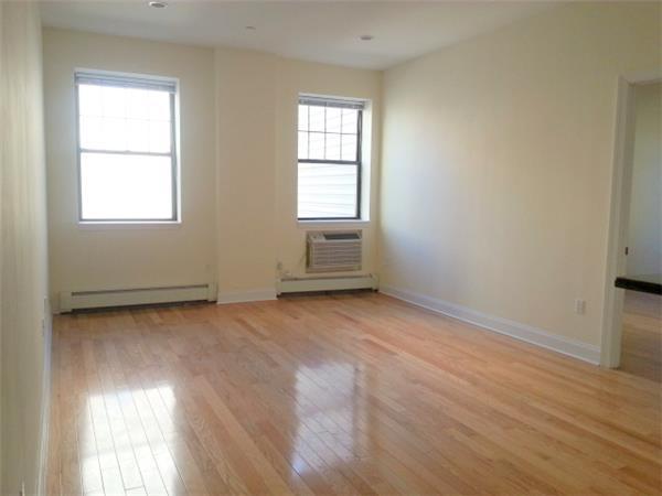 #1472161   Brooklyn Heights