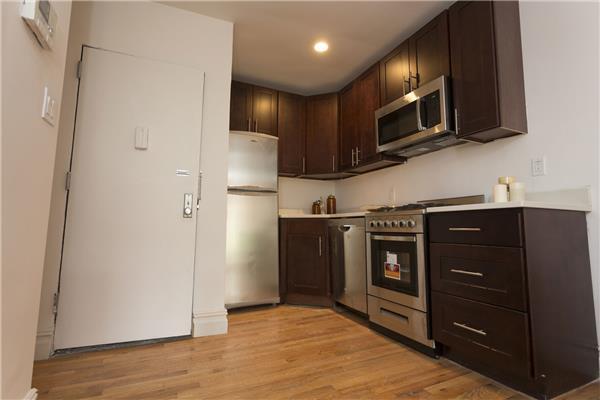 #1481385   Brooklyn Heights