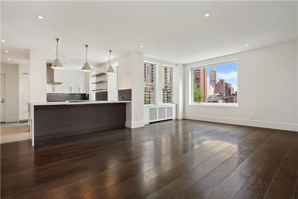 NO FEE!!! 4 bedrooms - Upper East Side