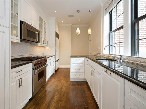 Amazing Four Bedroom - Carnegie Hill