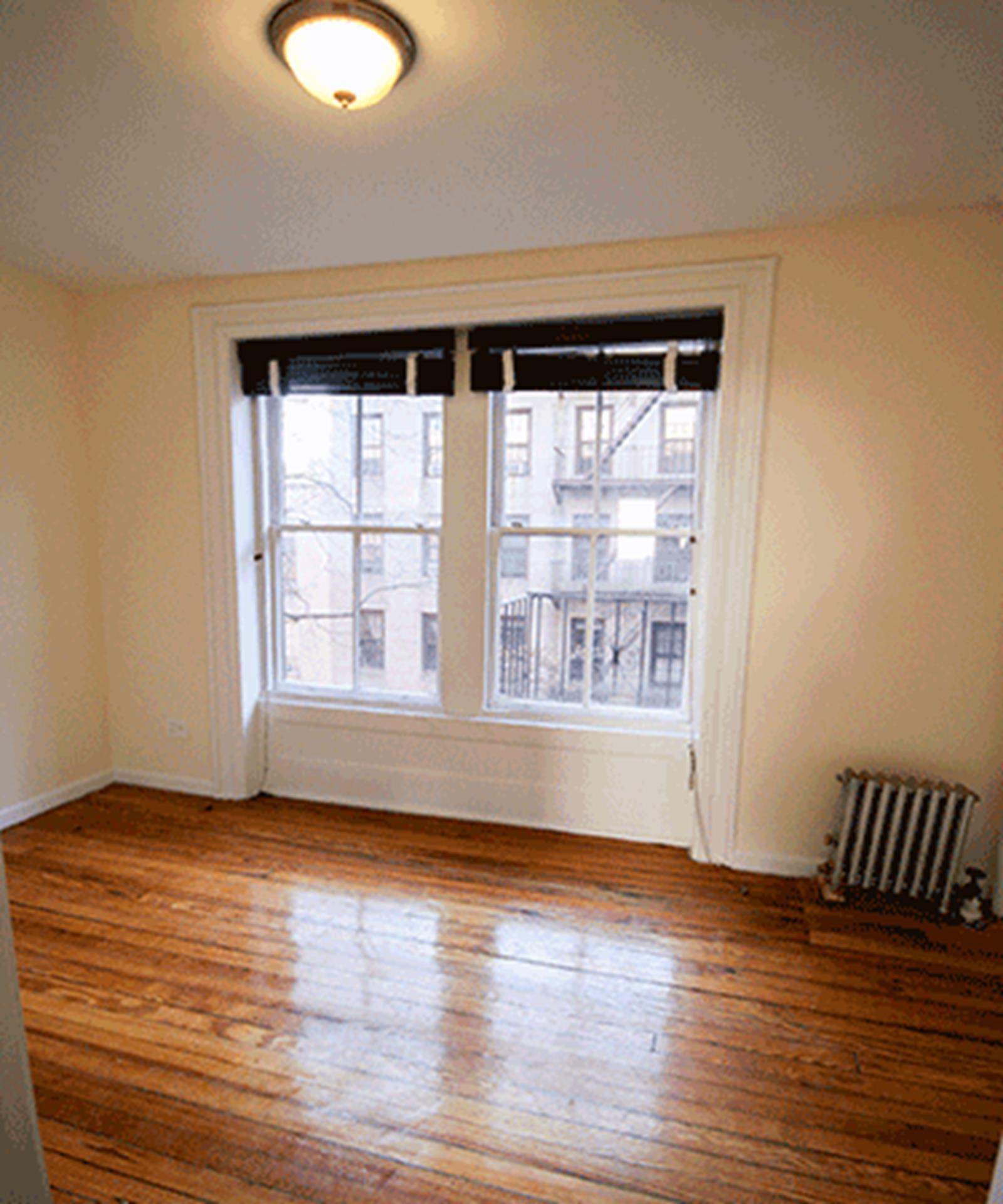 ONE BEDROOM - Greenwich Village