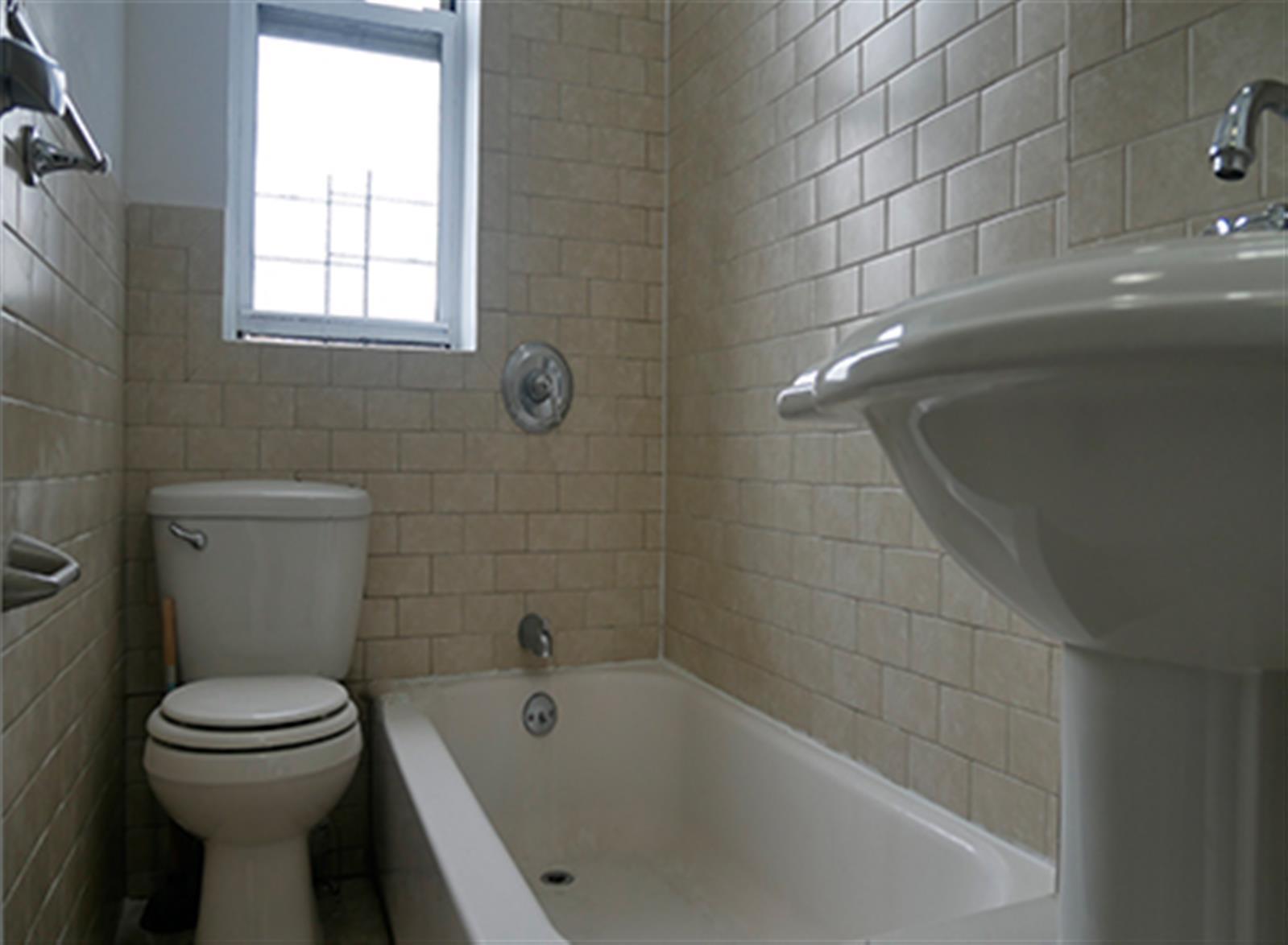 TWO BEDROOM - Washington Heights