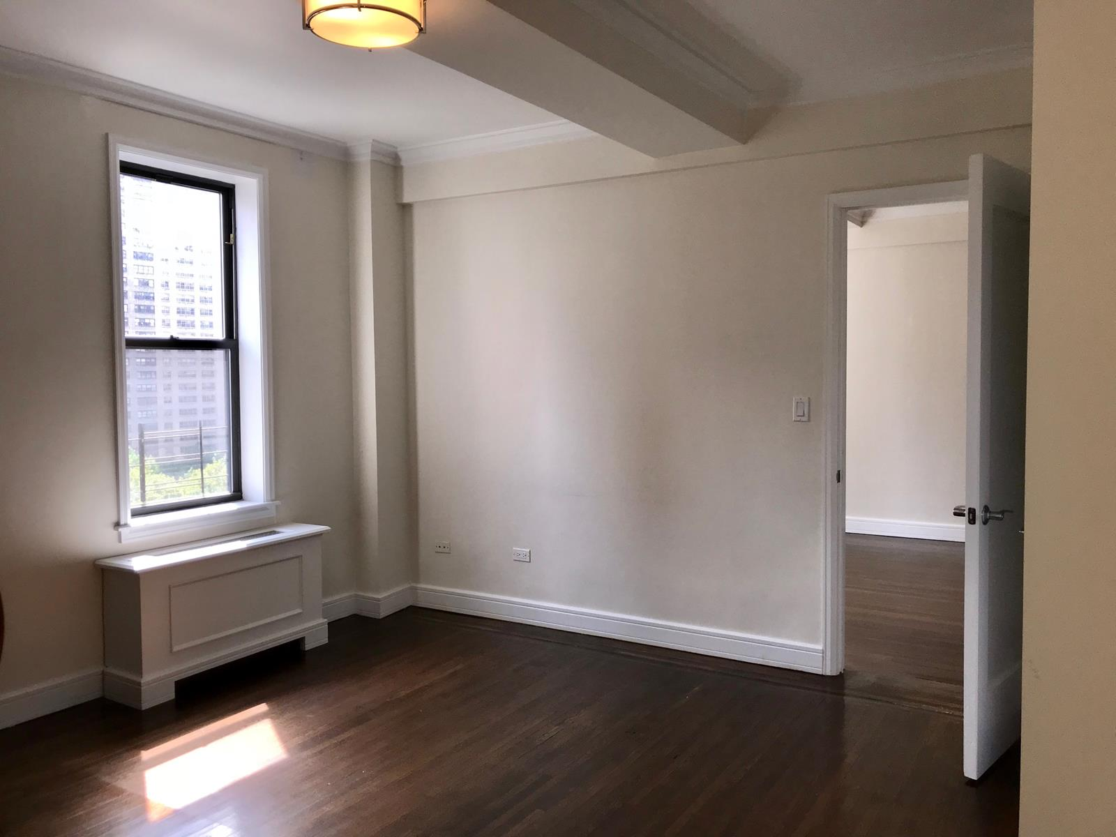 Spacious 3 Bed in Lincoln Square