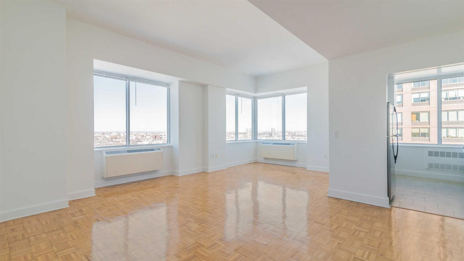 Lincoln Sq. 3BR with Hudson River views & amenities