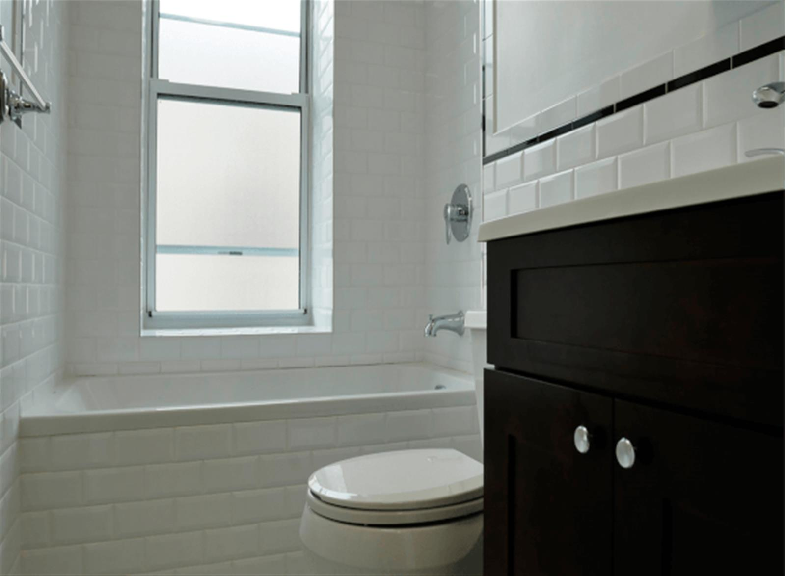 Comfortable 1BD bet. W 175th & 176th streets