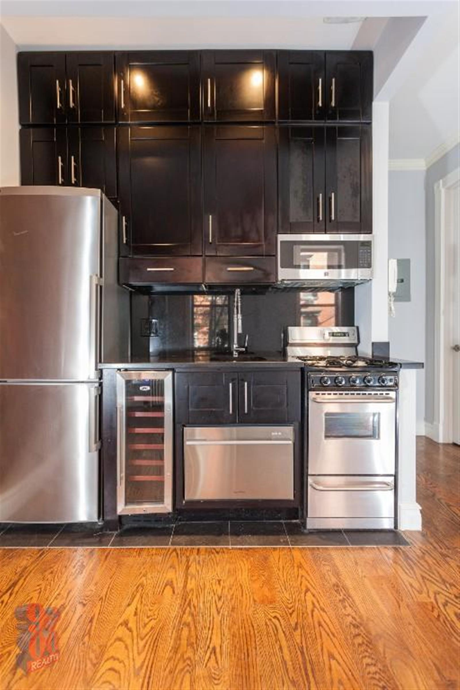 TWO BEDROOM - Lower East Side