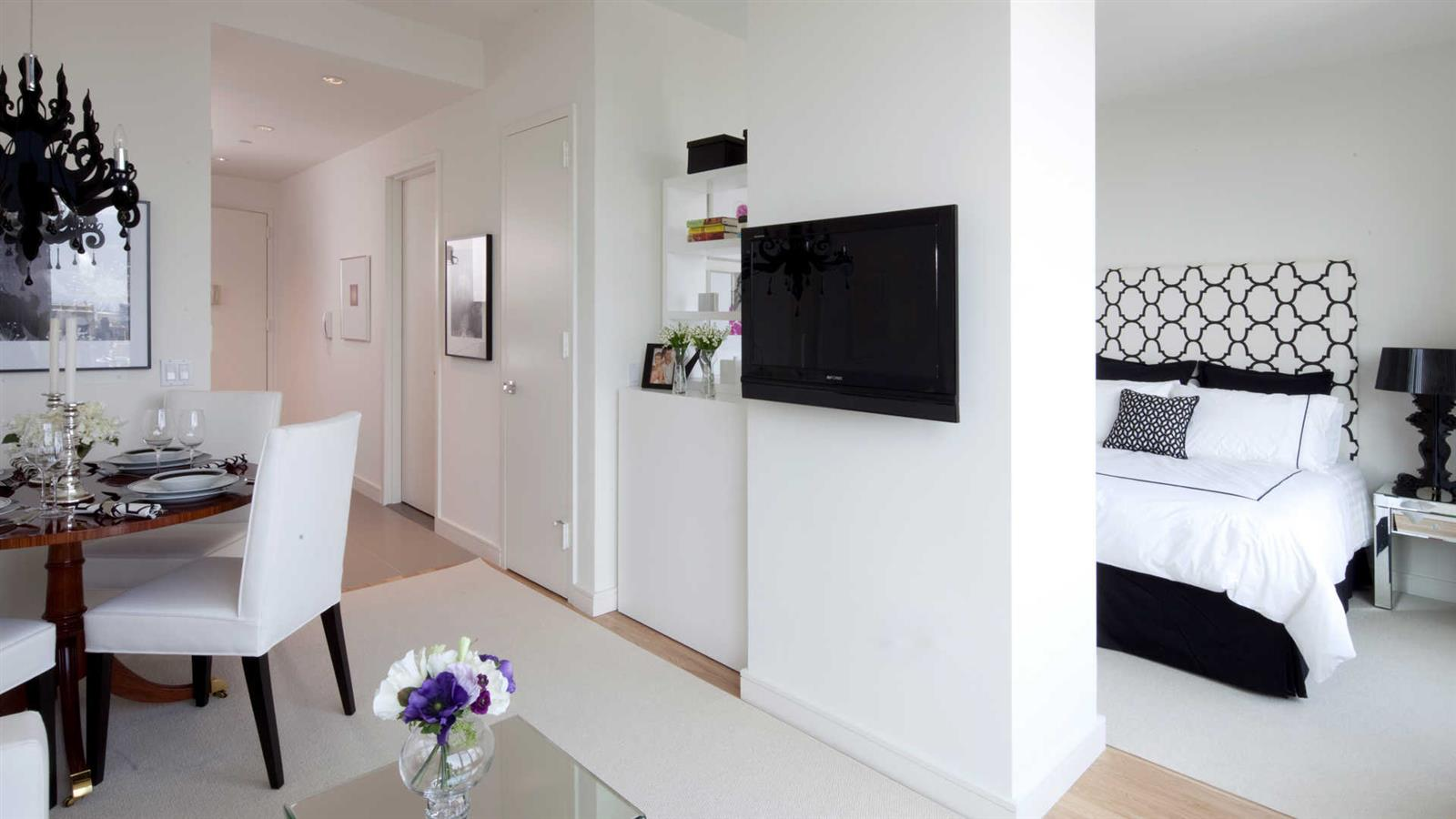 Beautiful Chelsea 1 Bedroom with Stunning City Views