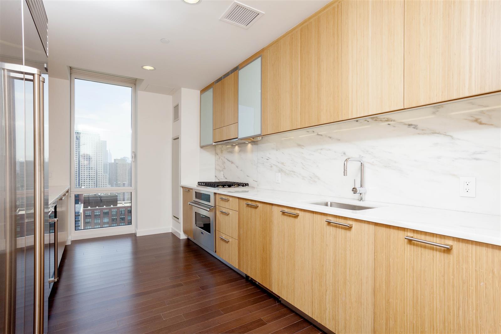 Three Bedroom Apartment - Battery Park City