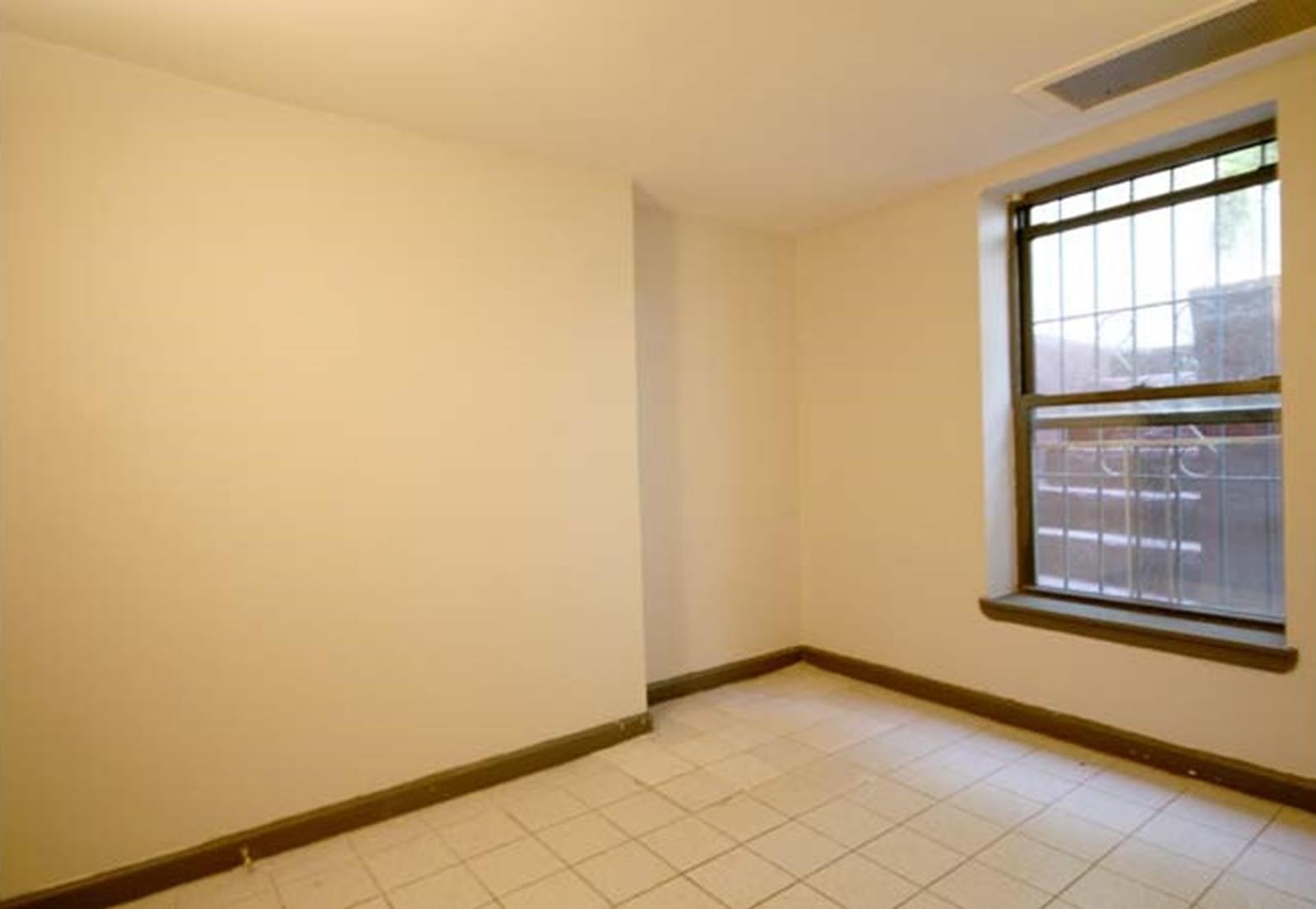 Convertible 3 -E. Greenwich Village
