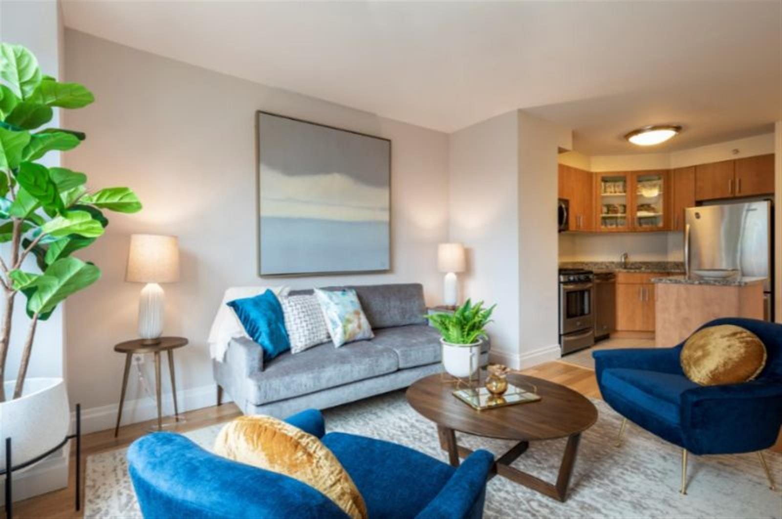 Grand 2 BD/2 BA home in NoMad